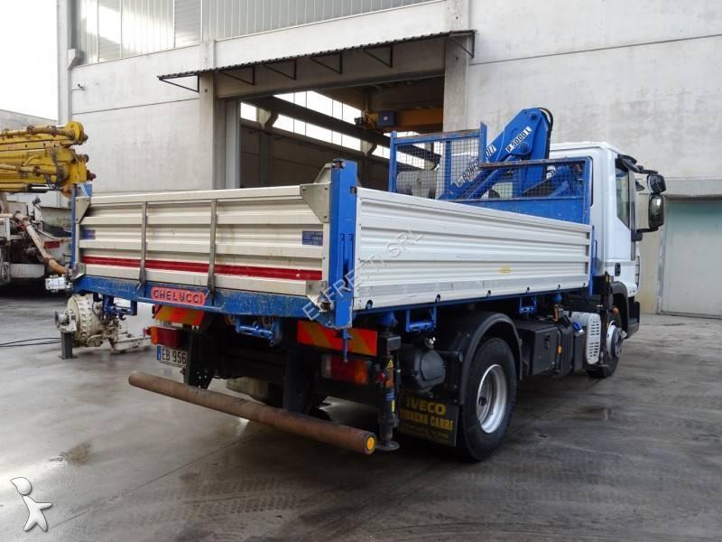 Camion iveco ribaltabile trilaterale eurocargo 75e18 4x2 for Effretti usato