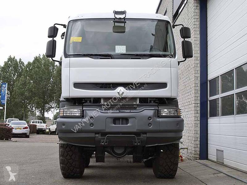 new renault kerax chassis truck 8x8 diesel euro 3 n 2122860. Black Bedroom Furniture Sets. Home Design Ideas