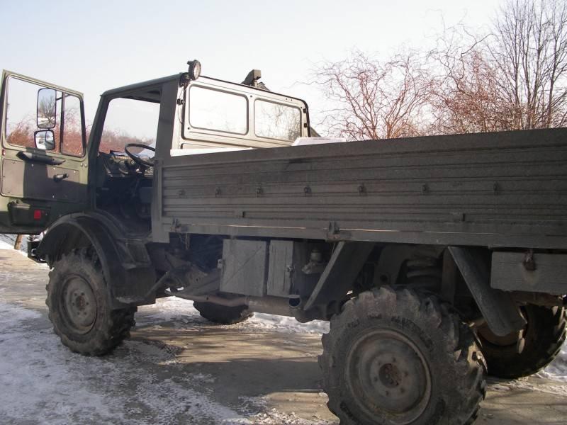 camion mercedes militare unimog u 1300 4x4 gasolio usato n 300755. Black Bedroom Furniture Sets. Home Design Ideas