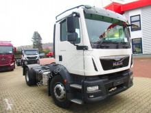 Voir les photos Camion MAN 18.290  4x2 BL  18.290 4x2 BL Kehmaschinenfahrgestell ohne Aufbau