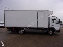camión Mercedes frigorífico Thermoking mono temperatura Atego 1317 4x2 Diesel Euro 2 rampa elevadora trasera usado - n°2432749 - Foto 7