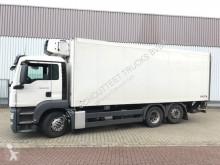 Voir les photos Camion MAN 26.400 6x2-4 LL  26.400 6x2-4 LL Kühlkoffer, Carrier, LBW, Lift-/Lenkachse
