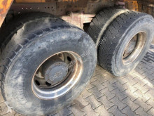 Voir les photos Camion Mercedes 3235 8x4 Betonmischer Karrena 9 m3 *TÜV