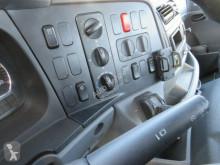 Voir les photos Camion Mercedes Axor 1833