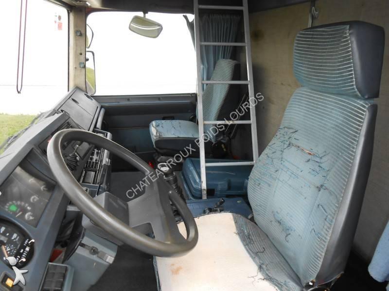 Camion renault rideaux coulissants plsc ridelles major for Interieur camion renault t