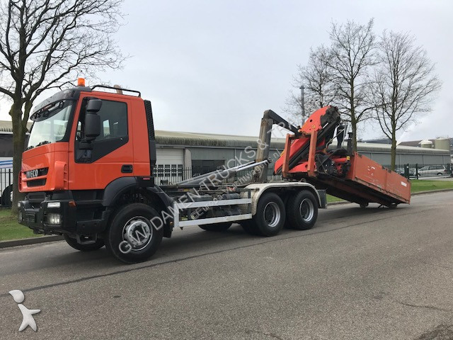 Camion iveco porte containers 260 t 41 haak kraan 6x4 - Camion porte container avec grue occasion ...