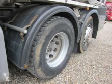 Voir les photos Camion Scania 124/420 8X2*6 24.000 L. ADR