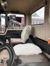 Bilder ansehen Mercedes MB 1626 AS mit aufgebauter Pritsche. LKW
