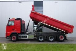 Voir les photos Camion Volvo FH500 8X4 TRIDEM DUMPER EURO 5