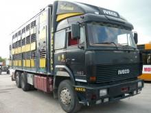 otro camión remolque Iveco
