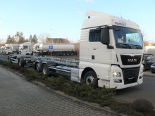 camion remorque porte containers MAN