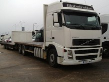 camion remorque plateau standard Volvo