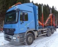 camion remorque grumier Mercedes