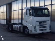 camión remolque chasis Volvo