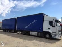 autotreno cassone centinato alla francese Renault