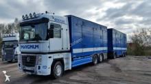 camión remolque Renault Magnum 500