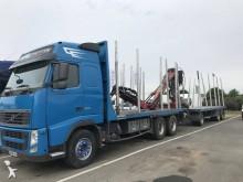 camión remolque maderero Volvo