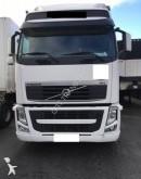 Volvo Lastzug Schiebeplanen