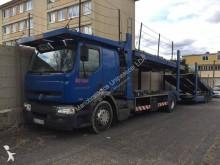 ciężarówka z przyczepą do transportu samochodów Renault