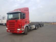 ciężarówka z przyczepą do transportu kontenerów Scania