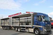 ciężarówka z przyczepą Mercedes Actros 2545