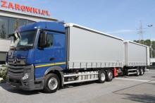 ciężarówka z przyczepą Plandeka używana