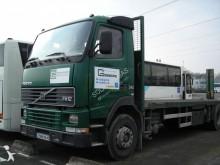 camião reboque estrado / caixa aberta porta ferros Volvo