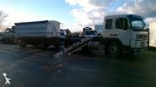 ciężarówka z przyczepą Hakowiec Volvo