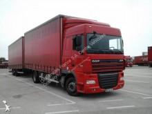 vrachtwagen met aanhanger DAF XF105