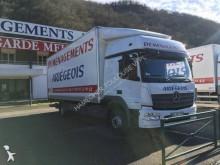 camion remorque Mercedes Atego 1529