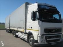 ciężarówka z przyczepą Plandeka burtoplandeka Volvo