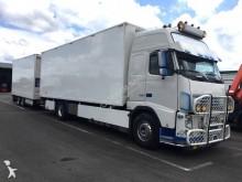 ciężarówka z przyczepą furgon przeprowadzka Volvo