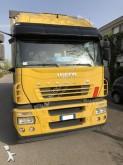 ciężarówka z przyczepą Plandeka burtoplandeka Iveco