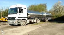 ciężarówka z przyczepą cysterna do paliw Mercedes