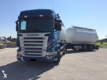 ciężarówka z przyczepą cysterna do przewozu produktów żywnościowych Scania