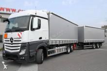 ciężarówka z przyczepą Plandeka burtoplandeka Mercedes