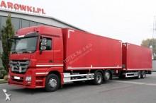 ciężarówka z przyczepą furgon Mercedes