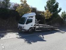 ciężarówka z przyczepą do transportu samochodów Mitsubishi