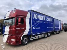 vrachtwagen met aanhanger DAF