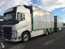 camion cu remorca transport animale second-hand