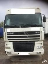 camion remorque DAF XF95 480