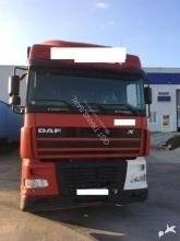 camion remorque DAF XF95 430