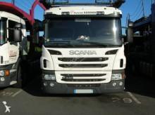 ciężarówka z przyczepą do transportu samochodów Scania