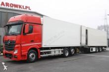 ciężarówka z przyczepą chłodnia Mercedes