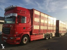camion cu remorca transport animale Scania