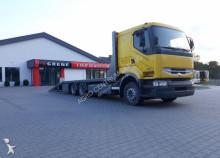 camion cu remorca transport utilaje Renault
