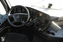 Voir les photos Camion remorque Mercedes