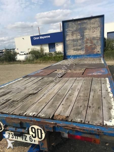 camion remorque scania plateau porte paille l 124l400 4x2