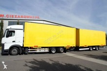 Zobaczyć zdjęcia Ciężarówka z przyczepą Mercedes