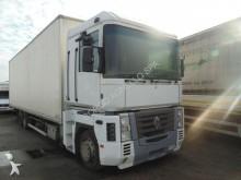 Renault tipper tractor-trailer